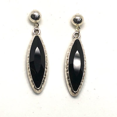 Pendientes Anouk cristal negro en forma ovalada