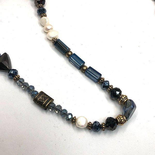 Collar-Paulina-cristal-azul2