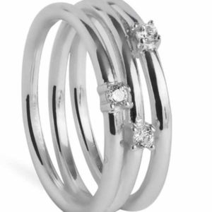 anillo casará realizado en plata con zirconiitas